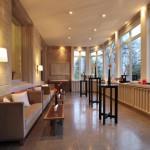 Rocco Forte Villa Kennedy: Loungeambiente bei Sonnenschein ...